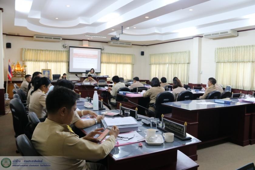 ประชุมสภาเทศบาลตำบลแม่เมาะ สมัยสามัญ สมัยที่ 4 ประจำปี พ.ศ. 2560